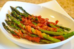 Prosciutto Wrapped Asparagus - Beyer Beware