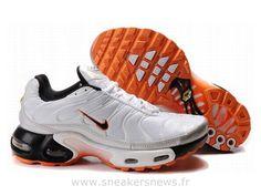 Chaussures de Nike Air Max Tn Requin Homme  Blanc Noir et Orange Tn Pas Cher 2013