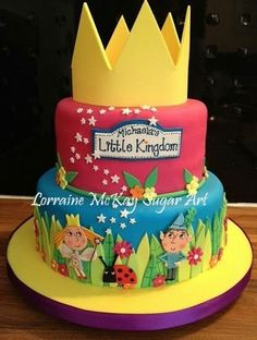 Ben And Holly Little Kingdom Cake Dolphin Birthday Cakes, Elsa Birthday, 3rd Birthday Cakes, Girl 2nd Birthday, Ben And Holly Party Ideas, Ben And Holly Cake, Ben E Holly, Kids Birthday Treats, Queen Cakes
