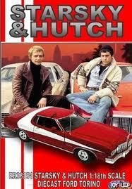 Starsky and Hutch - Stars: David Soul, Paul Michael Glaser, Antonio Fargas. - Two streetwise cops bust criminals in their red-and-white Ford Torino, with the help of police snitch, Huggy Bear. Childhood Tv Shows, My Childhood Memories, 90s Childhood, Movies And Series, Tv Series, Mejores Series Tv, Capas Dvd, Starsky & Hutch, Old Shows