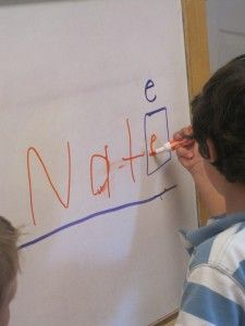 Great way to help preschoolers learn to write their name! Definitely going to do this!