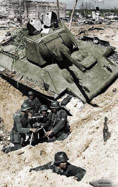 Ger 81mm mortar and T-34, Stalingrad.  #war # photography