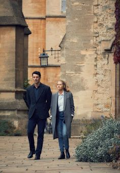 A Discovery Of Witches Series Matthew Goode Teresa Palmer Image 3 Witch Tv Series, Movies Showing, Movies And Tv Shows, Witch Wallpaper, Matthew Goode, Louise Brealey, His Dark Materials, A Discovery Of Witches, All Souls
