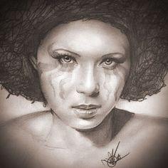 #portrait #afro #woman #ebony #divinity #eyes #makeup #sexy #beauty #warpaint #art #pencildrawing #sketch #shadow #darkskin #ghenesysdigital #mujer #pieloscura #ebano #diosa #guapa #ilikeit #youlikeit #arte #dibujo #retrato #lapiz