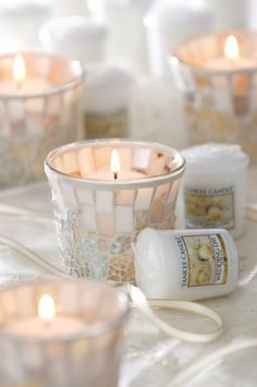 create stunning weddingfavours and tabledecorations with our yankeecandle