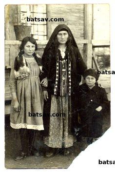 photographs of bats tsova-tush people from tusheti in Georgia