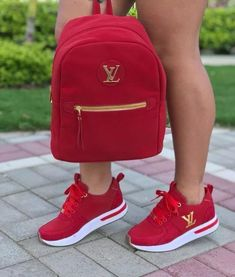 51 the best beautiful sneakers for women 2019 try it you will like 25 Cute Sneakers, Cute Shoes, Me Too Shoes, Sneakers Women, Converse Sneakers, Sneakers Fashion Outfits, Fashion Shoes, Fashion 2017, Fashion Women