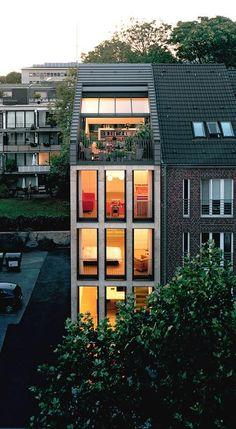 Fesselnd HÄUSER AWARD 2009: Urbanes Wohnen