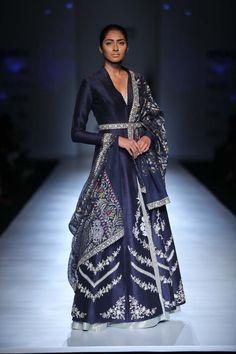 Anju Modi | India Fashion Week FW 2017 #indianfashion