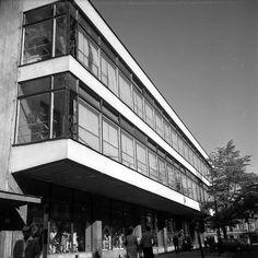 """POWSZECHNY DOM TOWAROWY CENTRUM """"SEZAM""""  arch. Tadeusz Witkowski 1955 1959 - 1964"""
