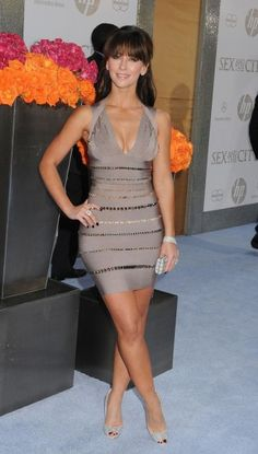 29 Awesome Looks with Herve Leger Dress Jennifer Love Hewitt Glam Dresses, Sexy Dresses, Beautiful Celebrities, Gorgeous Women, Sexy Older Women, Sexy Women, Jennifer Love Hewitt Body, Jeniffer Love, Talons Sexy