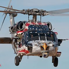 "Incredible paint job on ""Betsy,"" an Seahawk operated by the ""Blackjacks"" of U. American Freedom, American Pride, American Flag, I Love America, God Bless America, Military Helicopter, Military Aircraft, Avion Jet, Photographie New York"