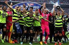 Huddersfield Town celebrate winning the SkyBet Championship Play-Off final at Wembley. Huddersfield Town, Terriers, Premier League, Football, Play, Celebrities, Sports, Collection, Soccer