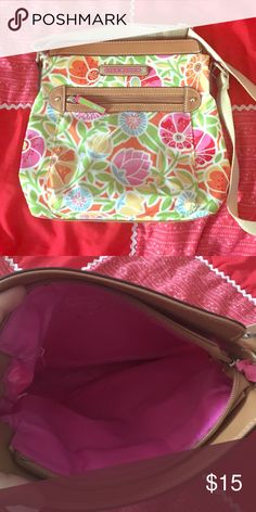 Lily Bloom Flower Print Purse This fun and functional purse is big enough to hold everything you need and cute enough to look good with any outfit. It's in like new condition and would make a great gift. Don't like the price? Make me an offer 😊 Bags Satchels