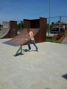 My husband ! #razors #SL-2 #inline #roller #skate #freestyle #street #slalom #aggressive #virusskatepark