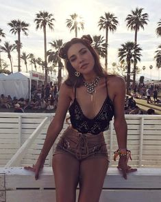 Coachella Fashion InspirationWomens Fashion | Inspiration Love Fashion?...Visit Tiff Madison