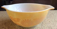 PYREX Orange Yellow Daisy Cinderella Mixing Bowl #442 1 1/2 Qt Trademark 10 #PYREX