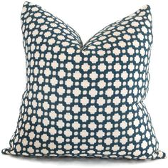 Schumacher Betwixt in Magenta Decorative Pillow Cover, Toss Pillow, Throw Pillow, Accent Pillow Navy Pillows, Toss Pillows, Accent Pillows, White Pillow Covers, Decorative Pillow Covers, Chiang Mai, Azul Indigo, Indigo Blue, En Stock
