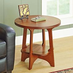 Limbert-style End Table Woodworking Plan from WOOD Magazine. Downloadable Plan $9.95.