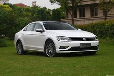 The Volkswagen Lamando, the production version of the Volkswagen NMC, was recently presented at Chengdu in China and now we see it in a series of high-resolution photos. The car is built on the MQB platform and it is essentially a Jetta CC exclusively for the Chinese market. The model will be sold in the Chinese market in the first half of 2015, it will be manufactured ??by the Shanghai-Volkswagen joint venture and its design has lost all those futuristic elements of the concept.