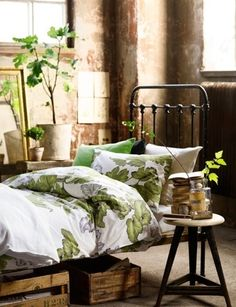 simple beauty http://www.home-decorating-co/karin-maki-lime