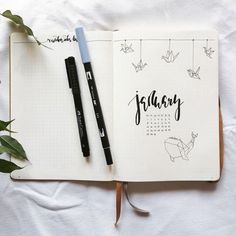 Beautiful minimalist January BUJO / Bullet Journal Inspiration for studying and organization featuring origami inspired vector art drawings