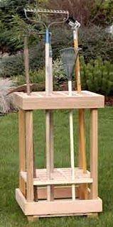 Garden tool storage plan #diy I would add wheels