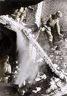 Soviet soldiers in a ruined house during the battle for Stalingrad