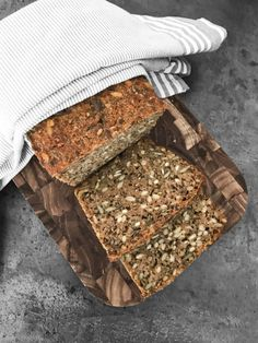Rye Bread, Sourdough Bread, Cooking Cookies, Danish Food, Food Crush, Freshly Baked, Dessert Recipes, Desserts, Bread Baking