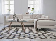 olohuone,pöytä,matto,sohva,tyyny