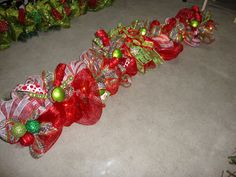 Mrs. C with Style!: Starting My Christmas Projects Early!!-Deco Mesh Garland!