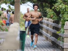 Manchester City target Leroy Sane does not seem to be affected over rumours regarding his future as the Schalke hotshot went for a run in Miami on Monday. Old Trafford, European Football, Arsenal Fc, Manchester City, Soccer, College Basketball, Football Players, Cute Guys, Premier League
