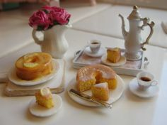 1:12 scale // Miniature lemon cake and more by Kimsminibakery on Etsy