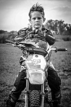 trendige Dirt Bike Fotografie Ideen Motorräder - How to wear ⁞ Leather Biker Jacket - Motorrad Honda Dirt Bike, Dirt Bike Helmets, Dirt Bike Gear, Dirt Biking, Dirt Bike Bedroom, Bike Room, Dirt Bike Party, Dirt Bike Birthday, Mom Birthday