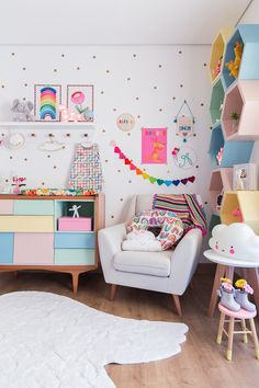 Storage toddler rooms, baby rooms, little girl rooms, baby bedroom, kids be Baby Bedroom, Baby Room Decor, Bedroom Wall, Baby Rooms, Bedroom Shelves, Toddler Rooms, Bedroom Decor Kids, Kids Bedroom Paint, Cool Room Decor