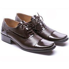 Produk terbaru dari www.eObral.com  Sepatu Formal Pria Warna Coklat Eksklusif GRO 179  Harga: Rp 380.000  Warna: Dark Brown  Bahan: Leather, Fiber  Size: 39-44  Info lengkap, silahkan kunjungi  (http://eobral.com/sepatu-formal-pria-warna-coklat-eksklusif-gro-179/)  Untuk pemesanan, silahkan hubungi contact dibawah ini,  CS 1 ( SMS ke 085743770659 atau BBM ke 74BFCEDB ) CS 2 ( SMS ke 085634286626 atau BBM ke 7D6991FC )  Dengan format,  Kode Produk - Ukura