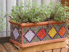 Window Box 2 | Flickr - Photo Sharing! Mosaic Planters, Mosaic Garden Art, Mosaic Vase, Mosaic Flower Pots, Mosaic Tiles, Pebble Mosaic, Kitchen Mosaic, Mosaic Mirrors, Mosaic Crafts