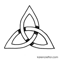 A step-by-step tutorial (with photos) on how to draw a precise triple knot (triquetra) easily.
