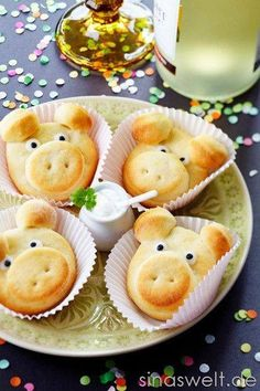 Snacks Recipes Quick ideas for the Silversterparty, snacks, food, New Year& Eve, New Year& Eve . Cute Food, Good Food, Quick Recipes, Cooking Recipes, Thai Recipes, Silvester Snacks, New Years Eve Food, Snacks Für Party, Food Decoration