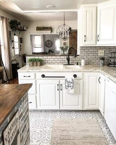 country kitchen decor decor themes coffee decor ideas above cabinets kitchen decor sets kitchen decor ideas decor shelf decor set decor black and white French Kitchen Decor, Farmhouse Kitchen Decor, Kitchen Redo, Home Decor Kitchen, Country Kitchen, New Kitchen, Home Kitchens, Kitchen Remodel, Modern French Kitchen