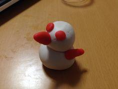 カラー粘土があったので作ってみたシリーズNo.7 鳥っぽいもの