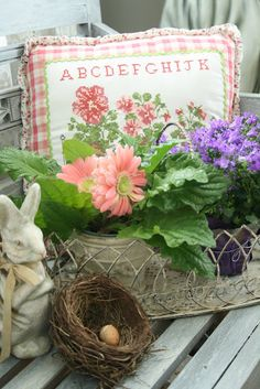 Easter/Spring front porch...need to take a trip to the flea markets!!