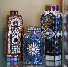Google de http://images.fineartamerica.com/images-medium-large/mosaic-bottles-sandi-nelsen.jpg