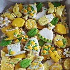 Lemon Cookies, Iced Cookies, Cupcake Cookies, Summer Cookies, Easter Cookies, Lemon Crafts, Lemon Party, My Bridal Shower, Cookie Frosting