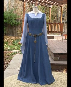 Hey, I found this really awesome Etsy listing at http://www.etsy.com/listing/115798814/blue-periwinkle-medieval-fantasy-elf