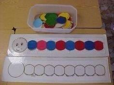 La chenille des couleurs - My Pin Preschool Kindergarten, Preschool Crafts, Crafts For Kids, Infant Activities, Preschool Activities, Chenille, Toddler Learning, Kids And Parenting, Education
