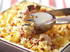 Découvrez la recette Gratin de coquillettes sur cuisineactuelle.fr.