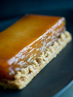J'ai testé…la tarte Tatin de Philippe Conticini No Cook Desserts, Cookie Desserts, Dessert Recipes, Mini Pies, Bread And Pastries, Food Design, Cravings, Food Porn, Good Food