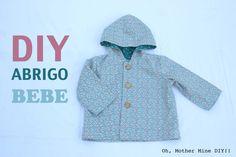 Tutorial DIY de costura, aprende paso a paso como hacer este abrigo con capucha para bebe y niños. El patrón lo podréis descargar gratis en varias tallas. DE...
