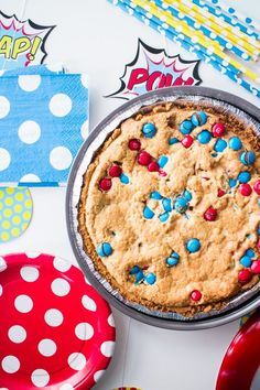 M&Ms Deluxe Cookie Pie and how to throw a Superhero party!  #DIY #COOKIES #CRAFTS #PARTY